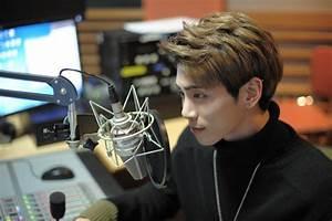 SHINee's Jonghyun Says Goodbye To His Radio Show After 3 ...