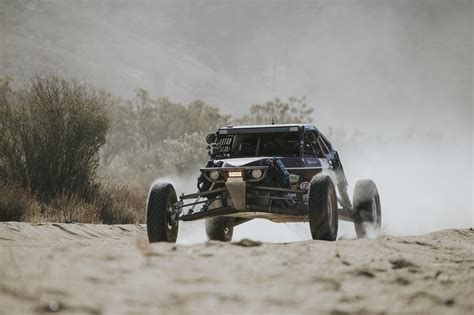 Chasing the Baja 1000 with Canguro Racing - Desk to Glory