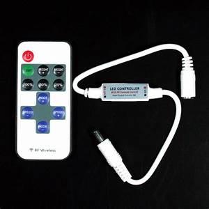 Variateur Pour Led : clignoteur led avec t l commande et fonction variateur de ~ Edinachiropracticcenter.com Idées de Décoration