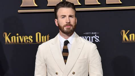 Chris Evans Accidentally Leaks Nude Photo & Twitter Had ...