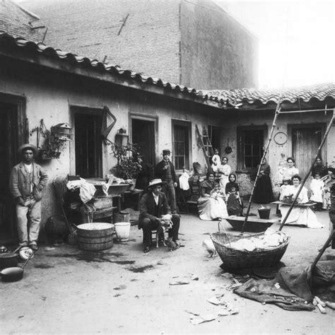El grotesco criollo se asocia al sainete, un drama jocoso de tono costumbrista que surgió en españa. conventillo Archivos