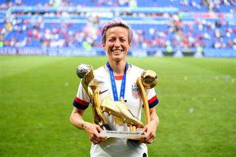 megan rapinoe age height weight husband girlfriend