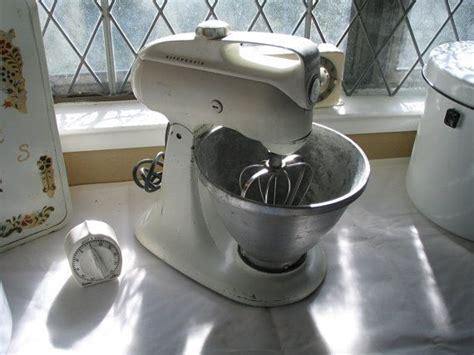 vintage kitchenaid electric mixer distressed model    farmhouse kitchen antique mixer