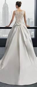 Une touche de dentelle dans le dos de ma robe de mariee for Robe de mariée dentelle dos