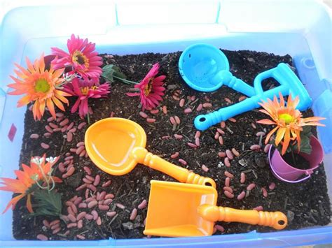 20 educational and sensory table activities for 222 | spring sensory table
