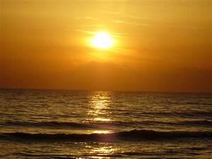 Schöne Bilder Kaufen : das sch ne meer beim sonnenuntergang foto bild sonnenunterg nge himmel universum natur ~ Orissabook.com Haus und Dekorationen