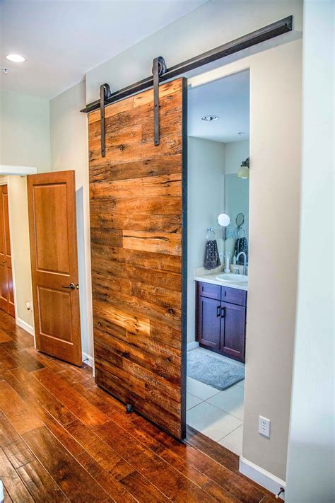 Rough Sawn Sliding Door   Porter Barn Wood