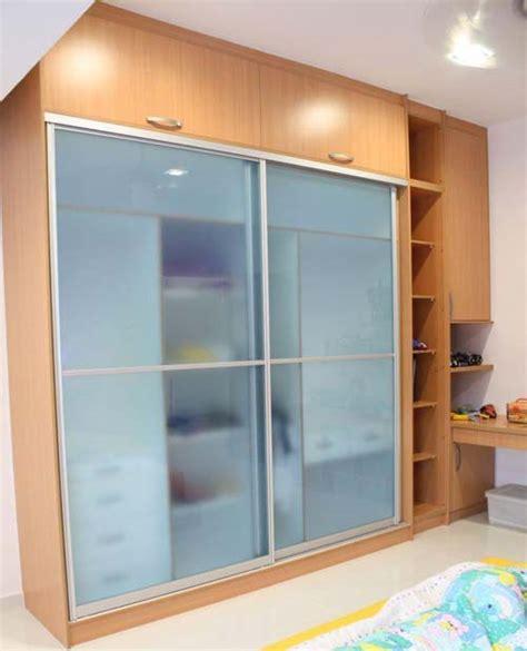 Sliding Door Wardrobe Cabinet by Sliding Door Units Sliding Door Storage Kitchen Storage