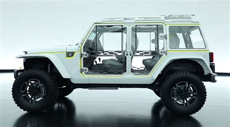 future jeep wrangler is the jeep safari concept a preview of the new wrangler