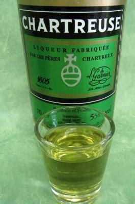 chartreuse cuisine chartreuse liqueur définition et recettes de