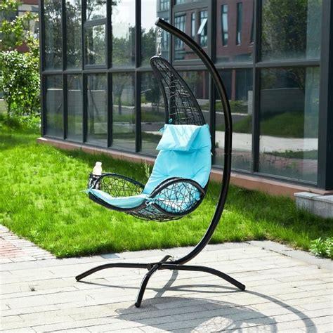 chaise longue suspendue de jardin fauteuil suspendu bleu balancelle de jardin et patio hamac avec support sur pied et porte