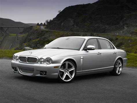 Jaguar Xj8 Sedan Models, Price, Specs, Reviews Carscom