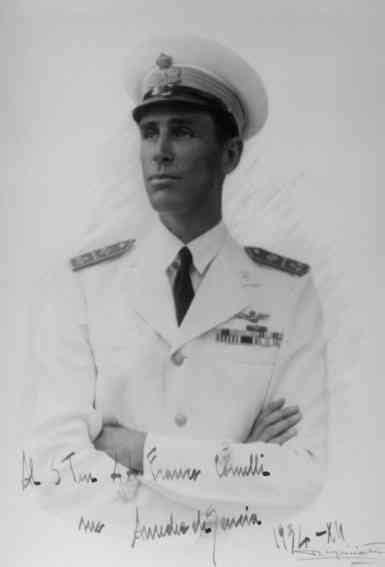 Il nobile, che era anche un noto imprenditore italiano, era figlio di aimone di savoia, che per. Amedeo di Savoia Duca d'Aosta (1898-1942) - Primogenito di Emanuele Filiberto, secondo Duca d ...