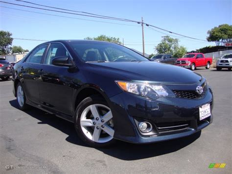 2014 Toyota Camry Colors by 2014 Cosmic Gray Metallic Toyota Camry Se 105677401