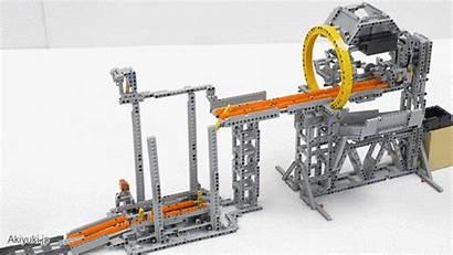 Train Lego System Shuffles Around Driving Balls