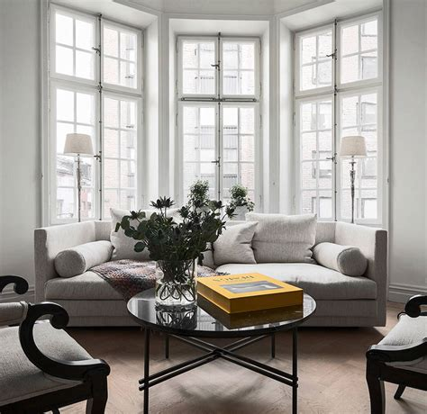 Modernes 2 Zimmer Appartement In Stockholm by Modern Scandinavian Apartment With Classic Touches