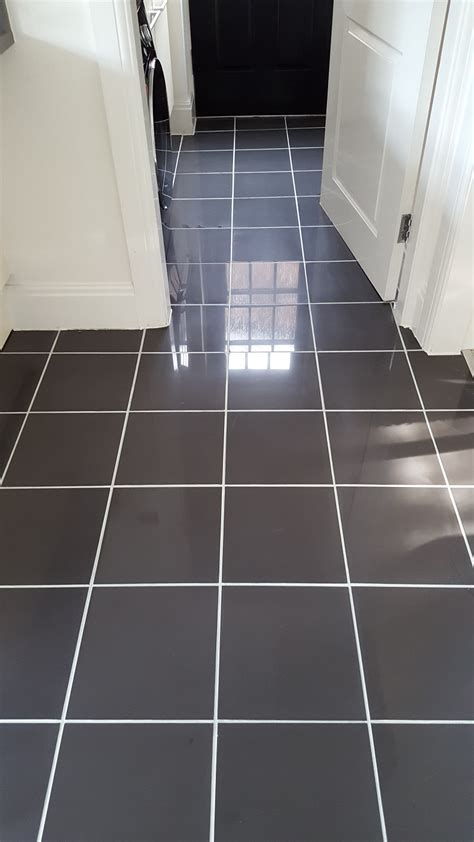 cleaning kitchen floor tile grout new but discoloured grout refreshed in a warrington 8224