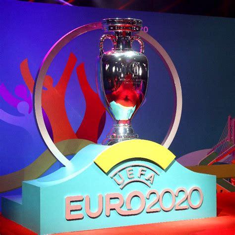 تقام البطولة مرة كل أربع سنوات، مند بدايتها في عام 1960، وتحديداً بعد سنتين من إقامة بطولة. قرعة يورو 2020 تسفر عن مباريات نارية في أمم أوروبا ...