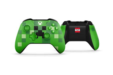 minecraft   xbox   bundle  themed controllers