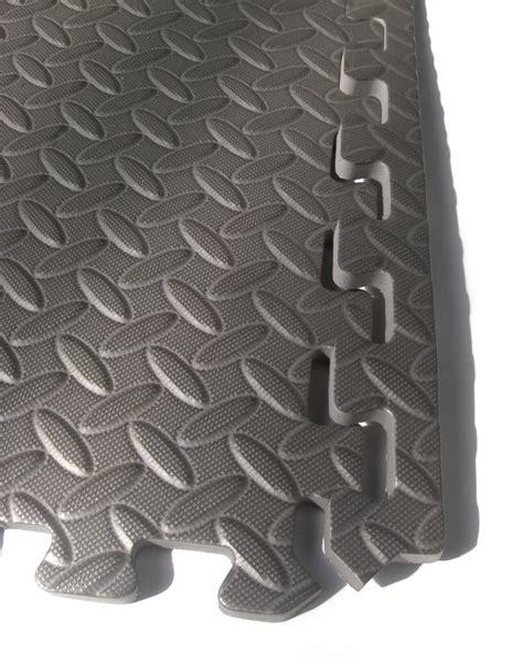 interlocking floor tiles black foam mats soft play