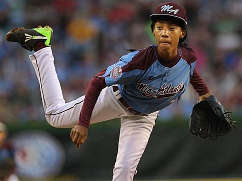 mone davis early exit    chance  pitching