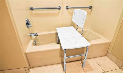 siège pour baignoire handicapé siege baignoire pour handicapé