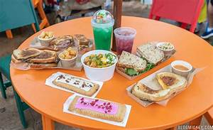 REVIEW: Breakfast, Lunch, and Dinner at Woody's Lunch Box ...