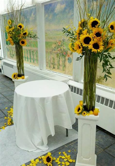 beautiful flowers  unique sunflower wedding decorating