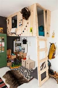 Lit Cabane Mezzanine : lit cabane mezzanine chambre enfant mixte moderne with chambre enfants mixte ~ Melissatoandfro.com Idées de Décoration