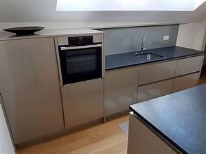 Hängeschrank Küche Grau : moderne k che grau ~ Markanthonyermac.com Haus und Dekorationen