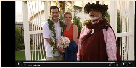 pastor laki in modern family season 1 episode 23 laki kaahumanu wedding minister
