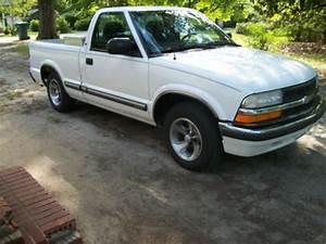 Buy Used 2000 Chevy S10 Ls Pick