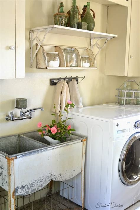 Decorating Ideas For Laundry Rooms by 25 Best Vintage Laundry Room Decor Ideas And Designs For 2017