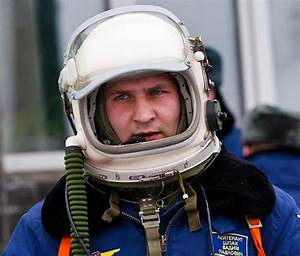 Say; Hello Spaceman: Russian GSh-6A pressurized helmet ...