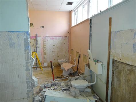 Kelray :: School Toilet Refurbishment
