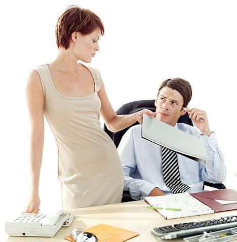 women     flirting   workplace