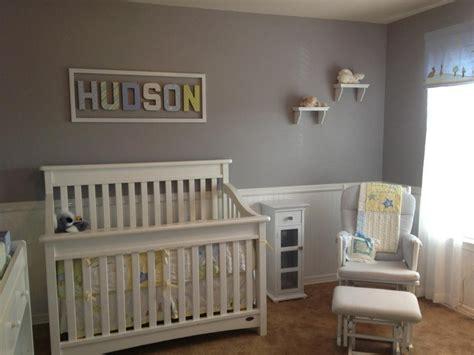 Hudson's Nursery ) Gray Walls, White Bead Board, Pbk