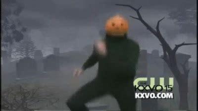 Pumpkin Dance   Spooky Scary Skeleton #SPOOKYMONTH on Make