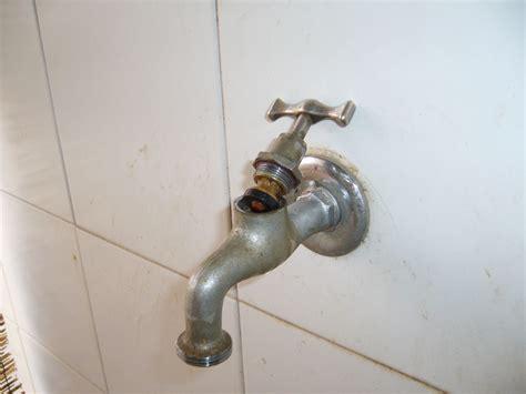 rubinetto gocciola cambiare la guarnizione di un rubinetto gocciola