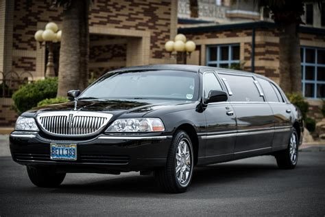 Vegas Limousine Service by Stretch Limousine From Mccarran Airport To Las Vegas Hotels