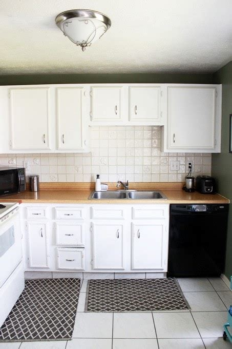 add crown molding  kitchen cabinets   girl   blog