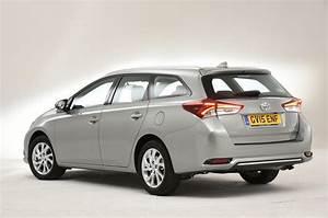 Toyota Auris Design : toyota auris touring sports design styling autocar ~ Medecine-chirurgie-esthetiques.com Avis de Voitures