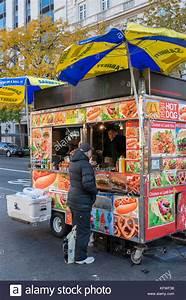 Hot Dog Stand : buying hotdog stock photos buying hotdog stock images alamy ~ Yasmunasinghe.com Haus und Dekorationen