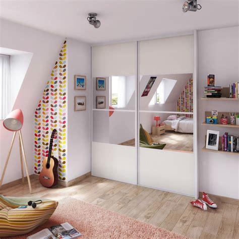 porte placard chambre chambre ado lumineuse ideedeco portemiroir