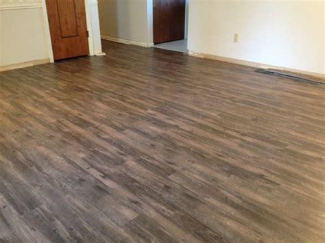 shaw vinyl flooring reviews shaw vinyl floating floor reviews gurus floor
