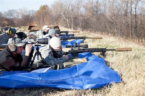 A Escola De Atiradores Do Exército Americano