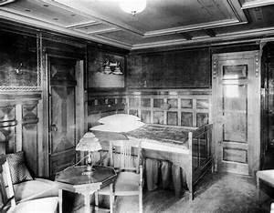 Tour Inside Titanic