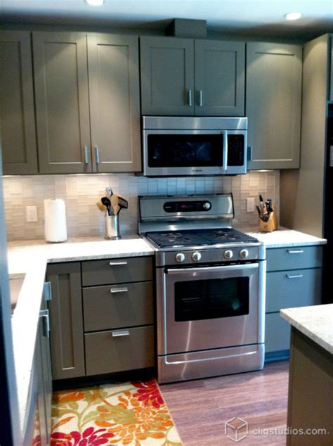 tea leaf kitchen cabinets shaker cabinetry cliqstudios