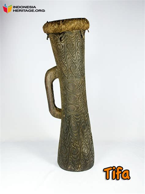 Alat musik kacapi ini berasal dari tanah pajajaran juga yaitu jawa barat. seni: Alat Musik Tradisional Papua