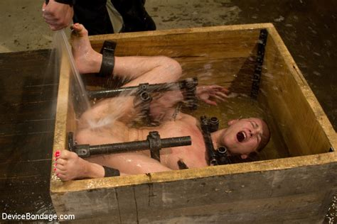 Teen Jessie Coxxx Gets Tortured With Clothespins And Water